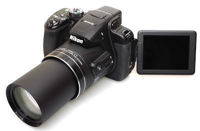 كاميرا نيكون COOLPIX B700