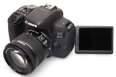 كاميرا CANON 800 D
