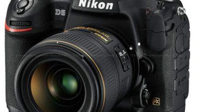 كاميرا نيكون D5